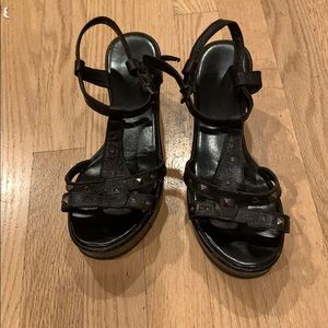 Black leather Cordani wedges
